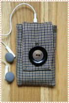 Ipod Case - Brown Houndstooth