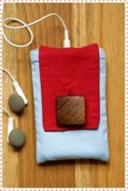 Ipod Case - Blue   Red