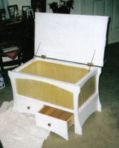 Art Chest-White two-drawer hope chest